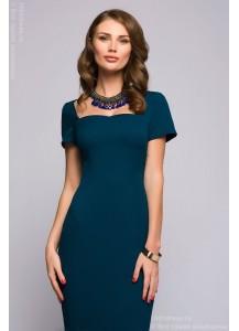 Бирюзовое платье длины миди с короткими рукавами
