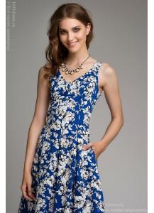 Платье синее с белым цветочным принтом без рукавов