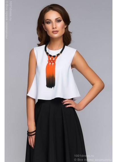 Комплект из черной юбки длины миди и белого кроп-топа