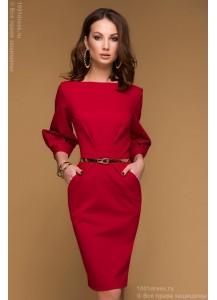 Красное платье длины мини с рукавом 3/4