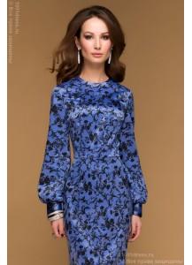 Сиреневое платье-футляр с цветочным орнаментом и длинным рукавом