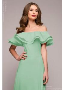 Мятное платье с воланами на плечах
