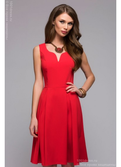 Красное платье длины мини без рукавов с декольте