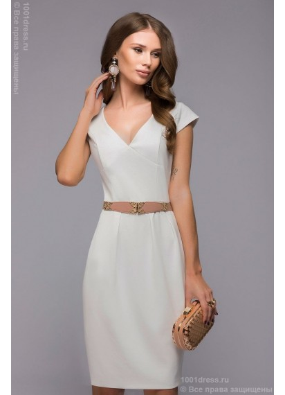 Ванильное платье длины мини с короткими рукавами и глубоким декольте