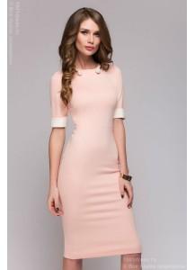 Розовое платье длины мини с короткими рукавами и вырезом на спинке