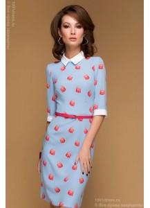 Платье голубое с принтом длины мини с белыми манжетами и воротничком