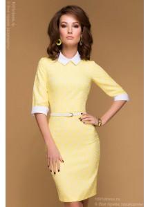 """Платье желтое с принтом """"клевер"""" длины мини с белыми манжетами и воротничком"""