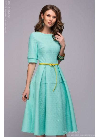 Платье мятного цвета длины миди с расклешенной юбкой и рукавами 1/2