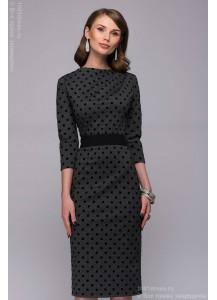 Платье-футляр темно-серое в горошек с драпировкой на плече