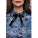 Платье-рубашка синее длины мини с принтом и длинными рукавами